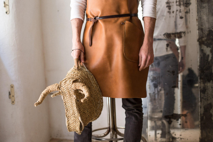 JAVIER MEDINA: SPAIN'S MASTER ARTISAN WEAVER REVIVES TRADITIONAL CRAFT WITH CONTEMPORARY FLAIR artisan weaver leather apron traditional craft discovered by Sarah Jessica Parker